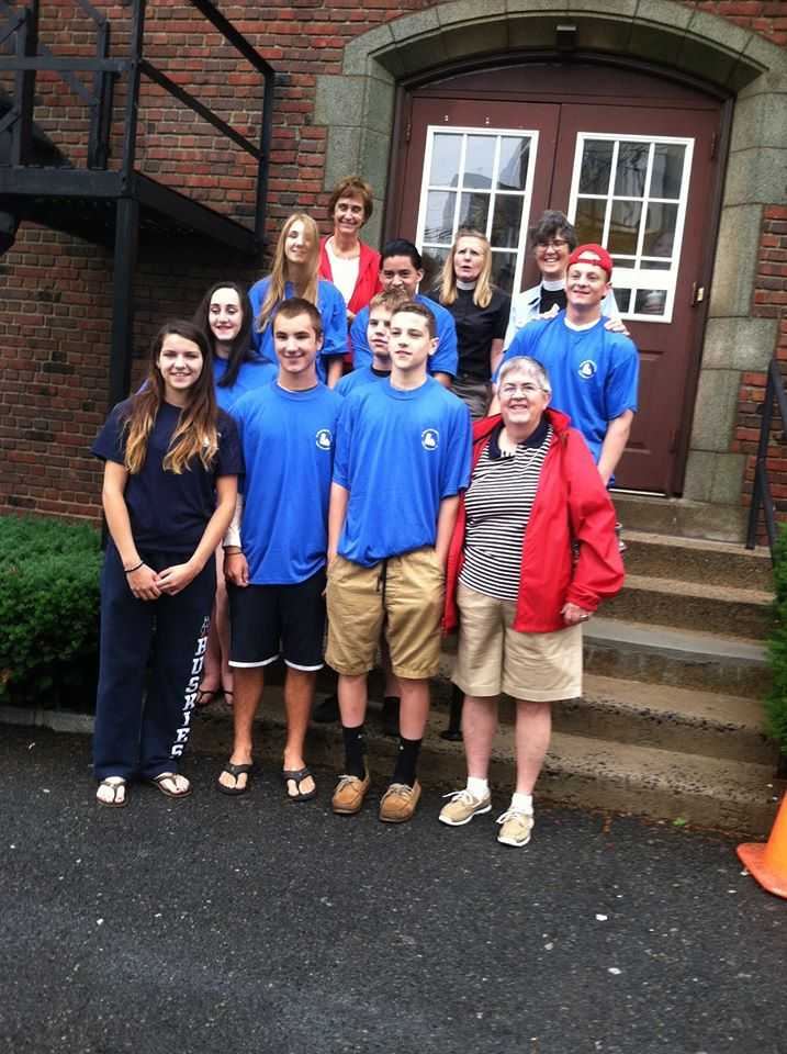 The group gathers together early on the morning of June 28, received a prayer and was on their way to Virginia Beach to do Gods work!
