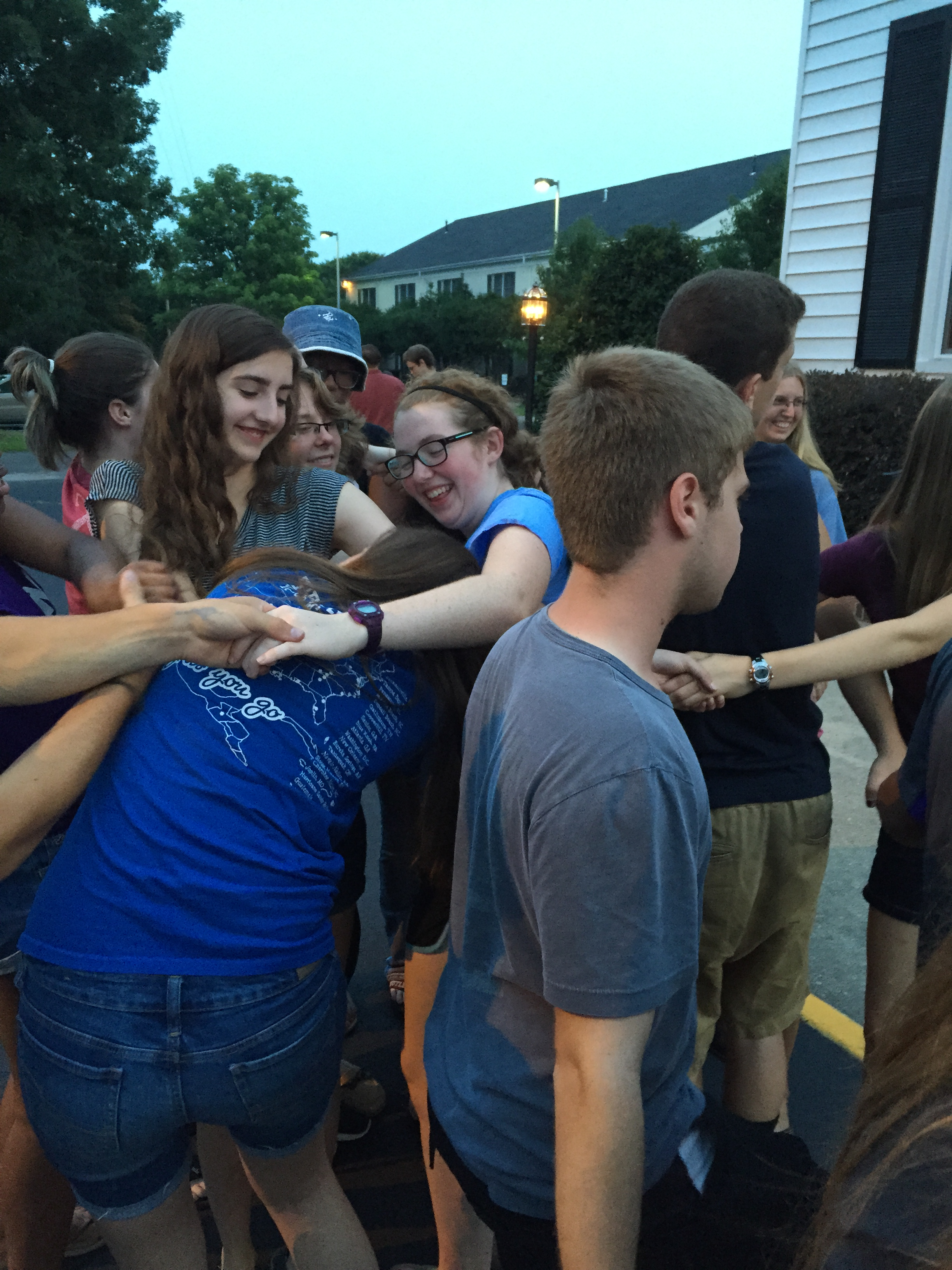 The groups really bond together over a human puzzle ice breaker!